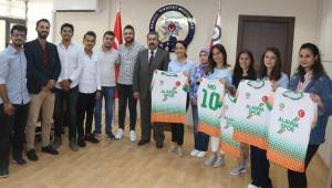 Öğrencilerden Demir'e ziyaret