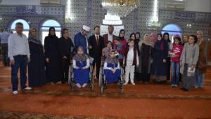 Görme Engelliler Umre İçin Yarıştı