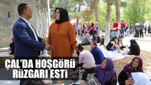 ÇAL'DA HOŞGÖRÜ RÜZGARI ESTİ