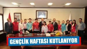 Gençlerden Başkan Osman Zolan'a ziyaret