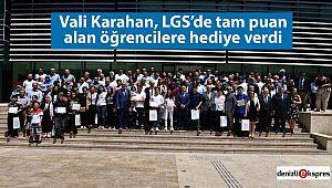 Vali Karahan, LGS'de başarılı olan öğrencilere hediye verdi