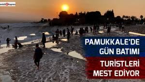 Pamukkale'de gün batımı turistleri mest ediyor