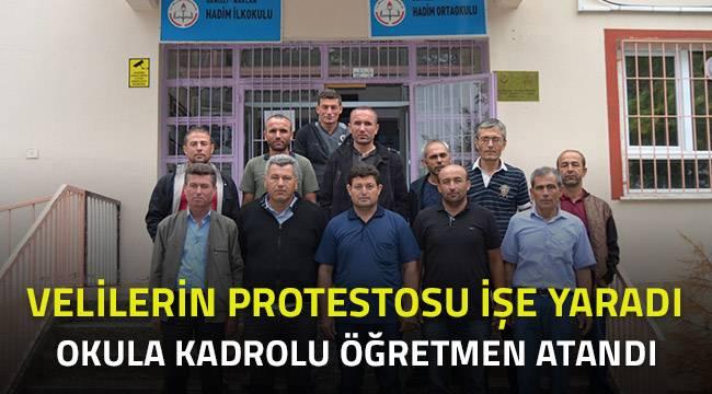 VELİLER PROTESTO ETTİ, OKULA ÖĞRETMEN ATANDI