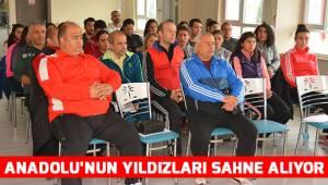 ANADOLU'NUN YILDIZLARI SAHNE ALIYOR