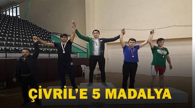 Çivril'e 5 madalya