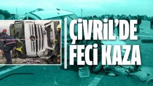 Denizli'de hafif ticari araçla tırın çarpışması sonucu iki kişi yaralandı