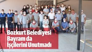 Bozkurt Belediyesi Bu Bayram da İşçilerini Unutmadı