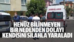 Ailesi ile birlikte evde oturan adam silahla kendini yaraladı