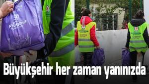 Büyükşehir'den ihtiyaç sahibi ailelere 25.000 gıda paketi