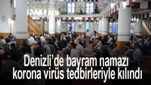 Denizli'de bayram namazı korona virüs tedbirleriyle kılındı